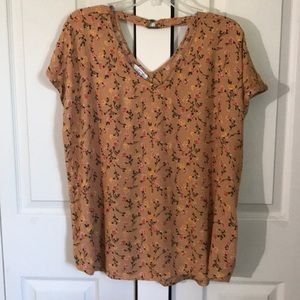Maurice's floral top size XL